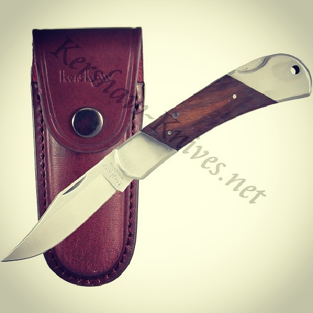 Hot knife of the day: the Kershaw Wildcat Ridge Wood Handle Knife 3140W! Comes with the leather sheath for carrying and storage. Available at www.Kershaw-Knives.net Kershaw Knife Kershawknives traditional classic wood design wildcat ridge leather edc KnifeSaturday