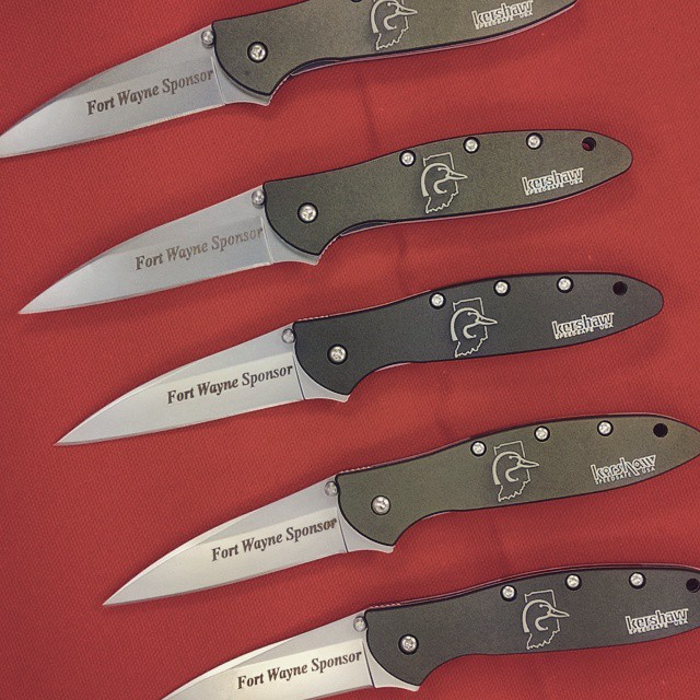 Olive Drab Leeks with two engravings. Logo on handle and text on blade in Times New Roman Italized Font! We can do this for you too! WWW.KERSHAW-KNIVES.NET KershawKnives KershawLeek OliveDrab knives knifecommunity