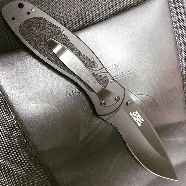 Kershaw Ken Onion Blur Black Serrated 1670BLKST