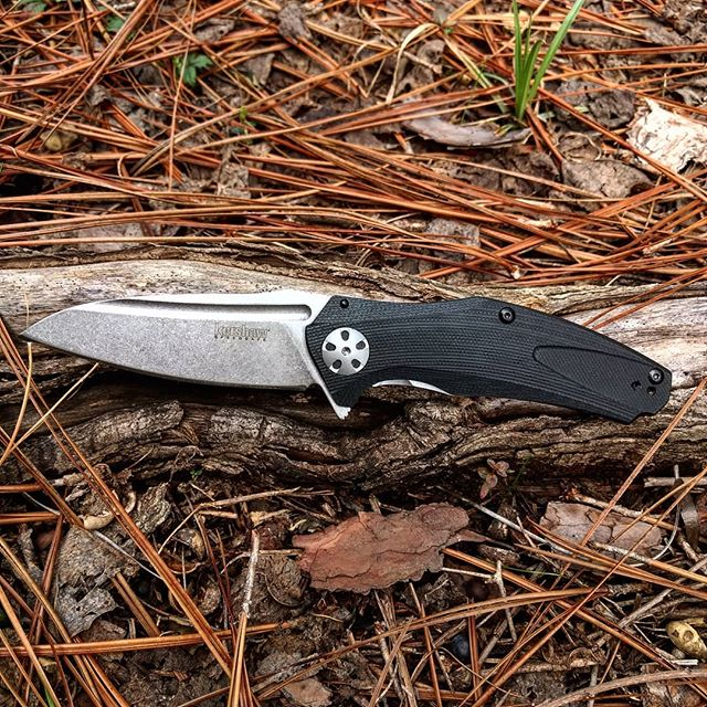 Kershaw Natrix 7007. This knife has a G-10 scale handle with a beautiful steel sub-frame lock that gives it the zero tolerance look! #kershaw #natrix #g-10 #scale #7007