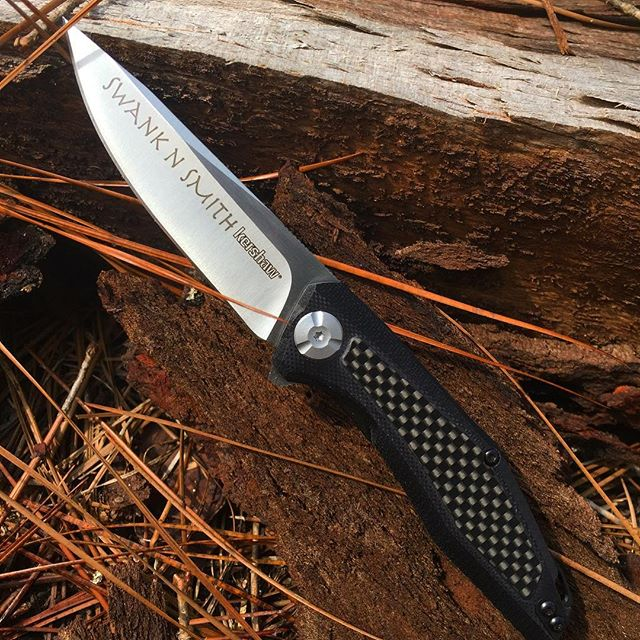 Kershaw Atmos 4037 has carbon fiber handle.Engrave yours today! #4037 #atmos #kershawengravedknives #carbonfiber