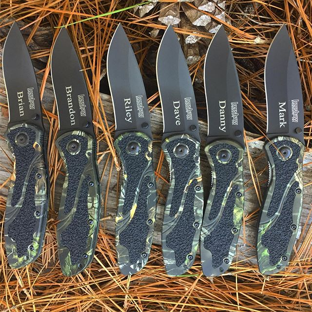 Kershaw Blur 1670BLKCamo.  Congratulations to this groom to be! These guys are getting treated right. #camouflageknives #blurs #groomsmengiftsidea #engravedknives